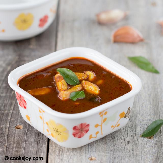 Onion Garlic Kuzhambu | Cooks Joy
