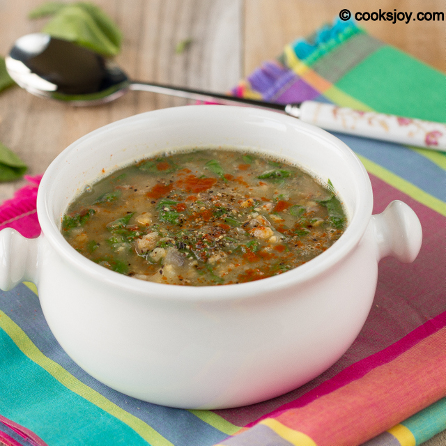 Garlic Spinach Chickpea Soup | Cooks Joy