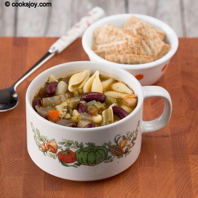 Minestrone Soup | Cooks Joy