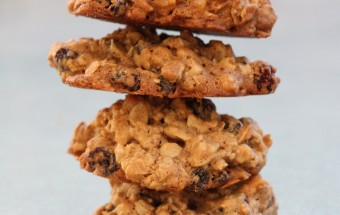 Oatmeal Raisin Cookies Featured