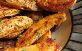 Oven Roasted Fingerling Potatoes Featured