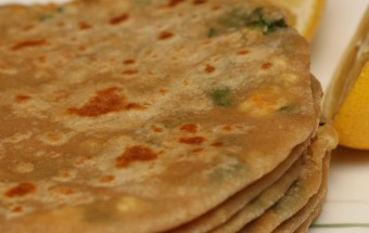 Paneer Paratha Featured