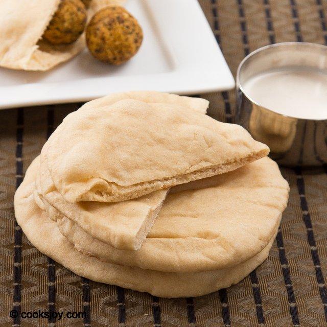 Homemade Pita Bread | Cooks Joy