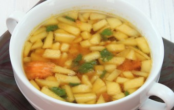 Apple Rasam Featured