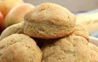 Buttermilk Biscuits Featured