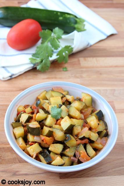 Zucchini Poriyal | Cooks Joy