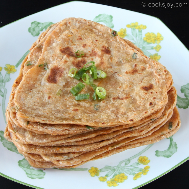 Indian food recipes indian recipes desi food desi recipes spring onion masala paratha forumfinder Images