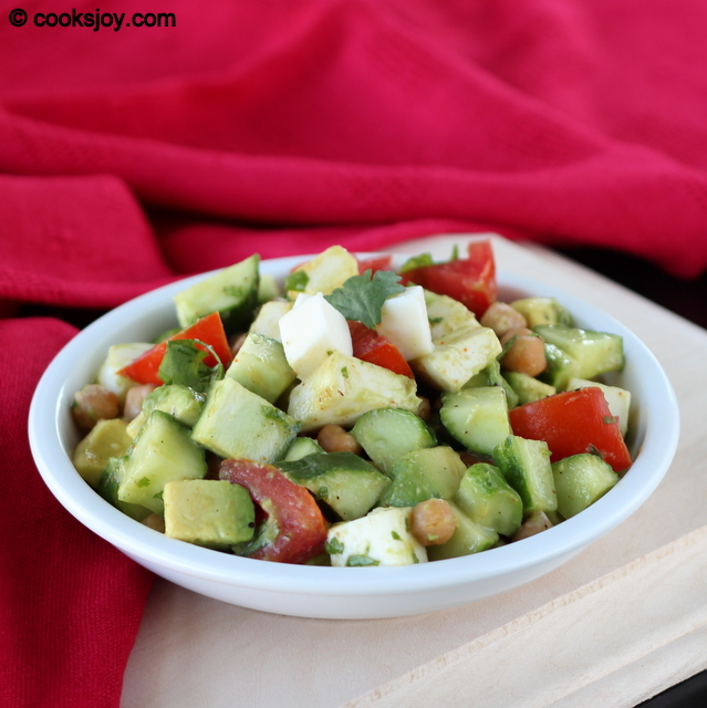 Fresh Mozarella Salad with Cucumbers| Cooks Joy