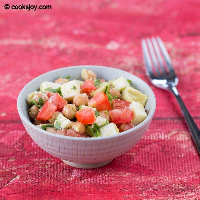 Fresh Mozzarella Salad | Cooks Joy