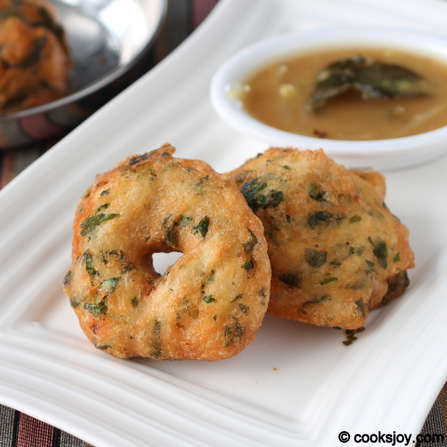 Keerai (Spinach) Vadai with Urad Dal | Cooks Joy