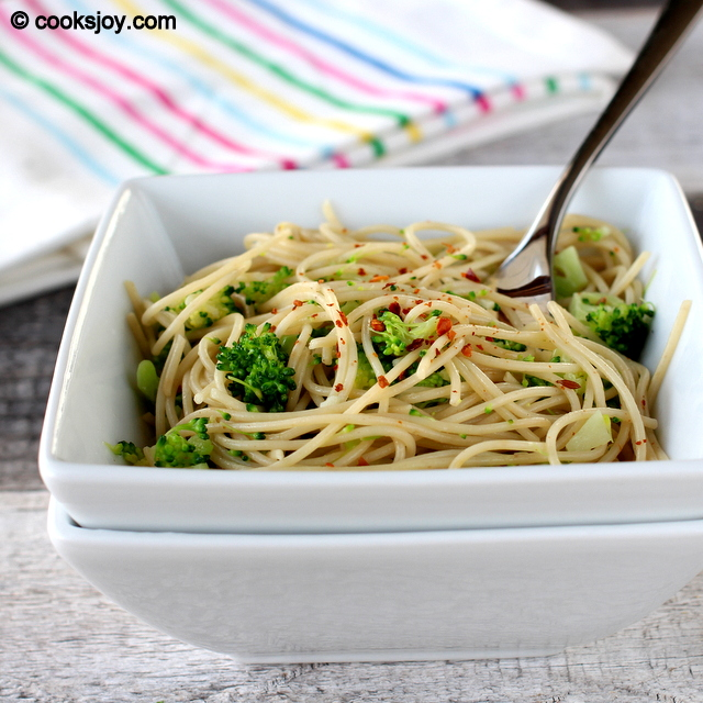 Angel Hair Pasta with Broccoli and Garlic | Cooks Joy