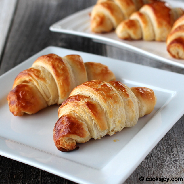 Buttery Croissant | Cooks Joy