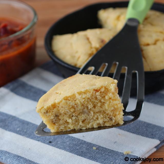 Spicy Corn Bread | Cooks Joy