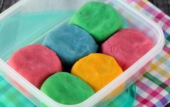 Homemade Play Dough | Cooks Joy