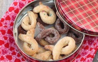 Torcettini di Saint Vincent (Yeasted Sugar Cookies) | Cooks Joy
