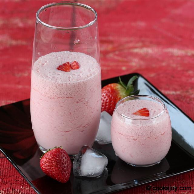 Strawberry Vanilla Milkshake | Cooks Joy
