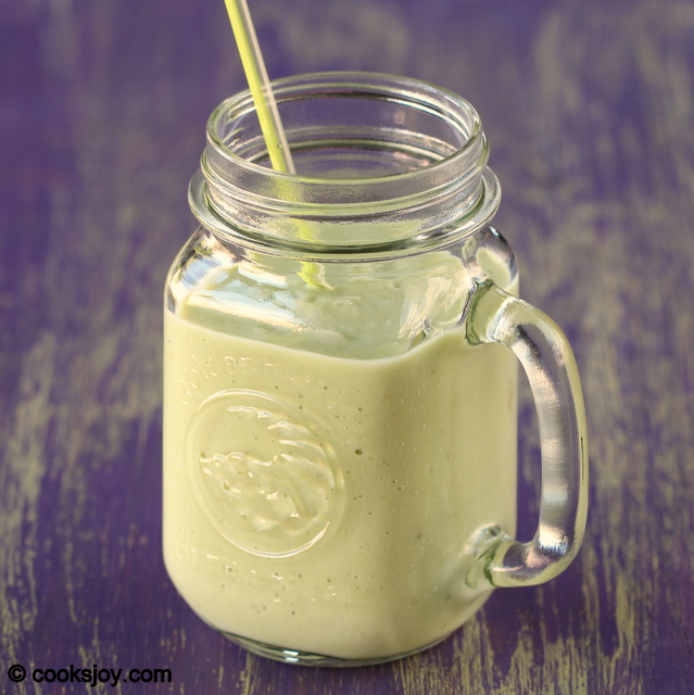 Avocado Banana Milkshake | Cooks Joy