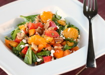 Spinach Salad with Colored Peppers