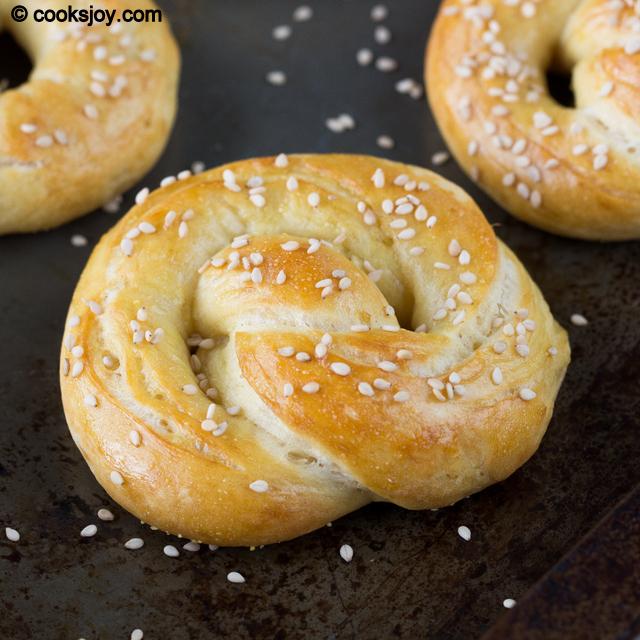 Soft Pretzel | Cooks Joy