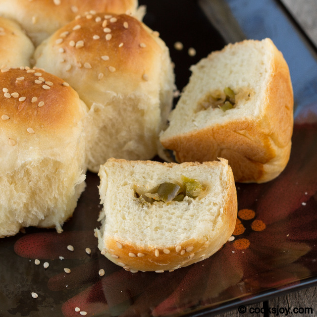 Savory Honeycomb Buns or Bee's Hive Buns | Cooks Joy