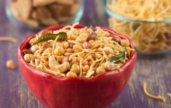 South Indian Diwali Snack (Mixture) | Cooks Joy