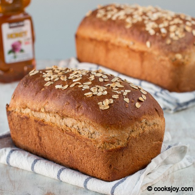 Whole Wheat Honey Oatmeal Bread | Cooks Joy