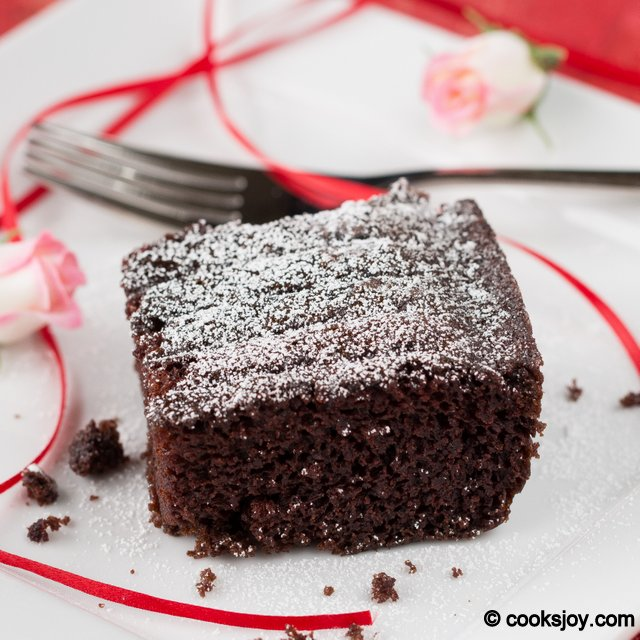 Simple and Moist Chocolate Cake | Cooks Joy