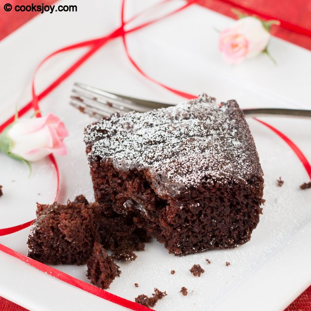 Easy Chocolate Cake | Cooks Joy