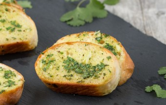 Cilantro Garlic Bread | Cooks Joy