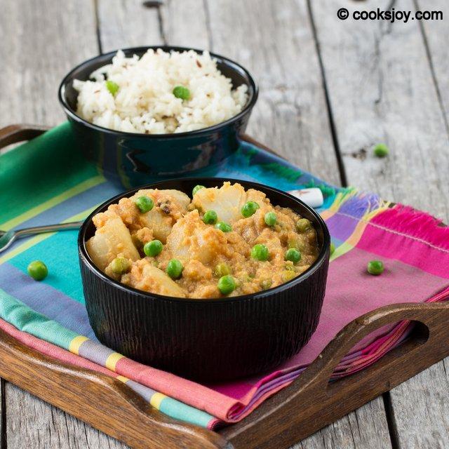 Potato Peas Kuruma | Cooks Joy