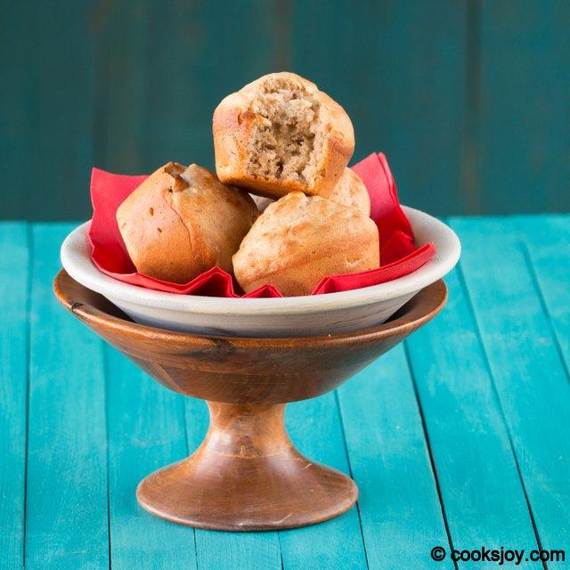 Banana Walnut Muffin | Cooks Joy