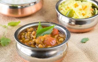 Potato Peas Kuzhambu | Cooks Joy
