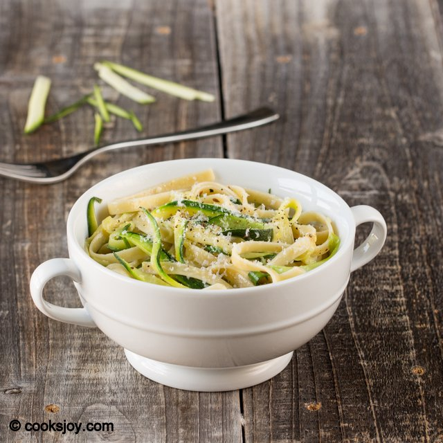 Zucchini Fettuccine | Cooks Joy