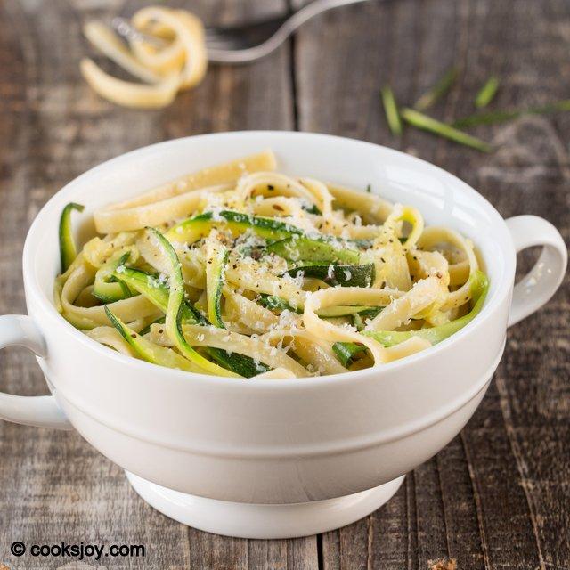 Zucchini Pasta | Cooks Joy