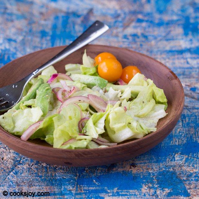 Avocado-Butter Lettuce Salad | Cooks Joy