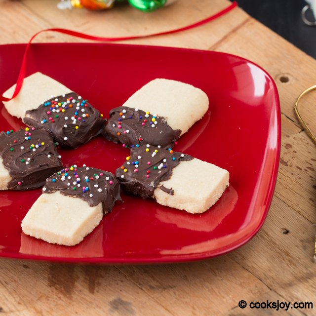 Chocolate Dipped Shortbread | Cooks Joy