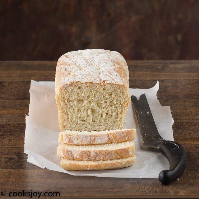 No Knead English Muffin Bread | Cooks Joy